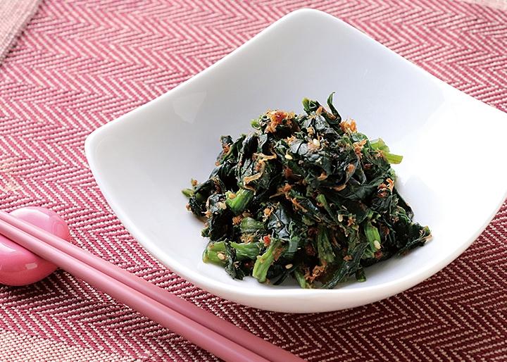 岩下の新生姜×マルトモ『かつおと生姜の浅炊き』調理例:ほうれんそうのおひたし