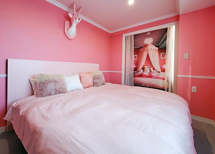 画像:岩下の新生姜コラボルーム『岩下の新生姜の部屋 ~New Ginger Room~』内装2
